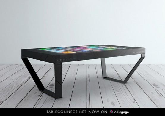 すごい!スマホ・タブレット連動の液晶パネルテーブルの写真1